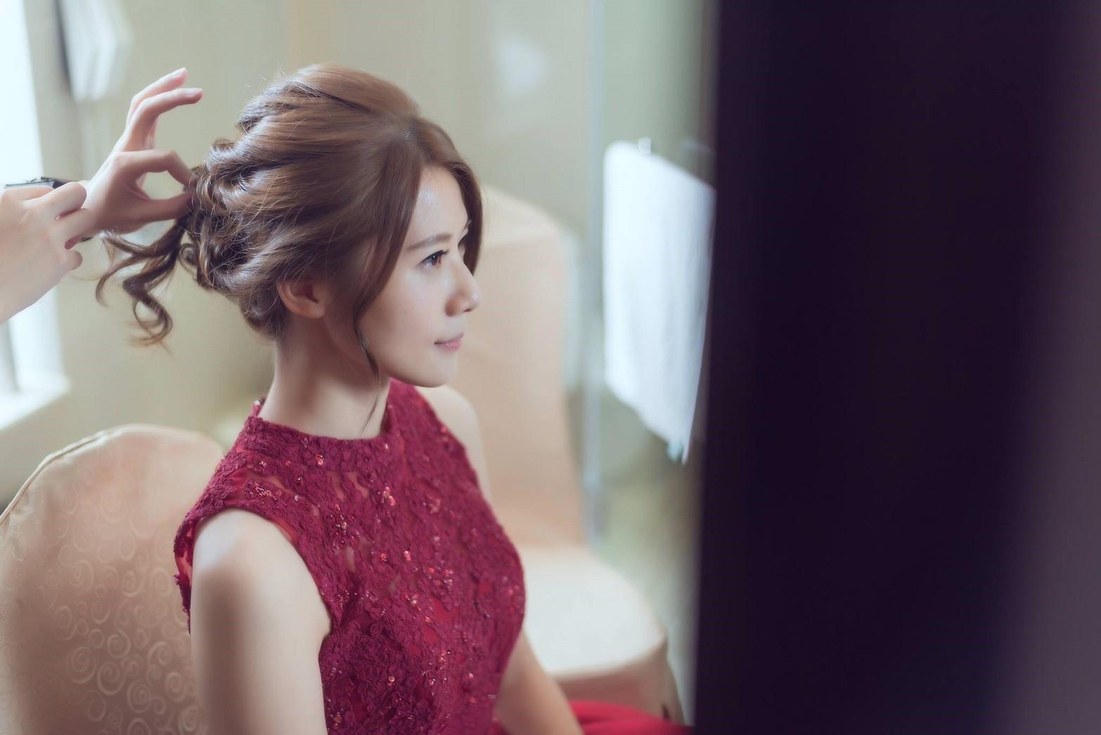 新娘秘書文定造型, 新娘造型, 韓系, 鮮花造型, 光澤肌, 歐美, 清新自然, 時尚